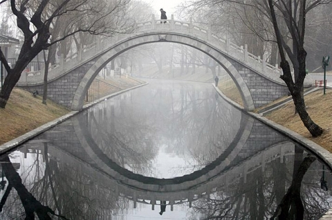 """A photo used as the prompt for my story, """"The Fall"""""""