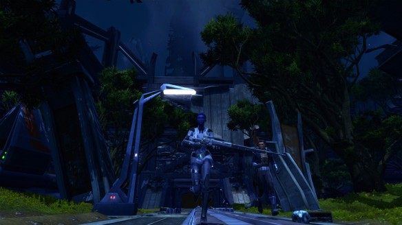 My agent and Vector Hyllis explore the ruins of Taris in Star Wars: The Old Republic