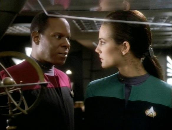 Jadzia Dax and Benjamin Sisko in Star Trek: Deep Space Nine