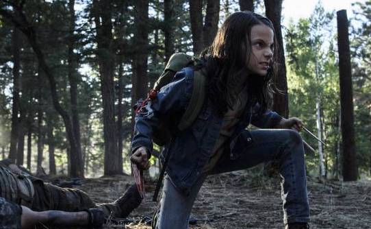Dafne Keen as Laura in Logan