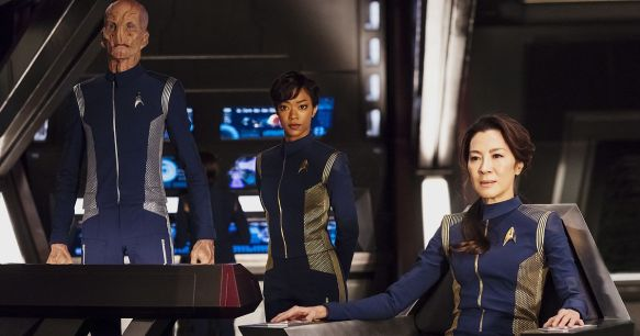 The bridge crew of the Shenzhou in Star Trek: Discovery